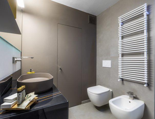 camera la torre bagno